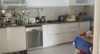 Appartement à vendre de 100m2 à Kyriat Asharon