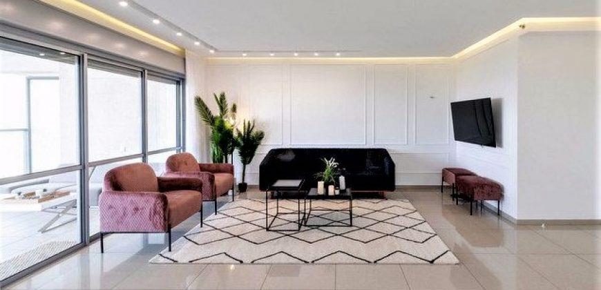 A vendre magnifique appartement 4 chambres Netanya  2.250.000